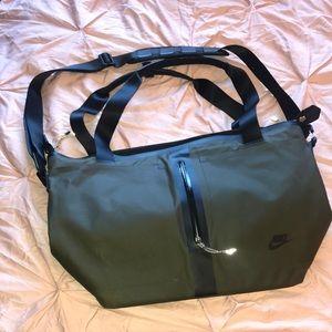 NIKE Go Bag